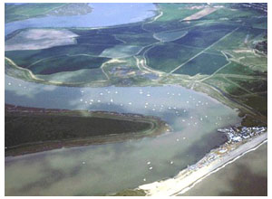 The Alde from the Air. See how 7 miles from the entrance, the river is only separated from the sea by 500 metres